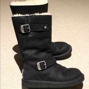 Kensington black never use UGG boots